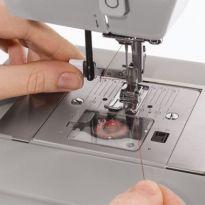 Macchina da cucire marca PFAFF modello 118