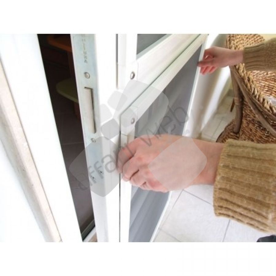 Zanzariera Con Pannello Solare : Zanzariera magnetica a pannello fisso calamitata facile